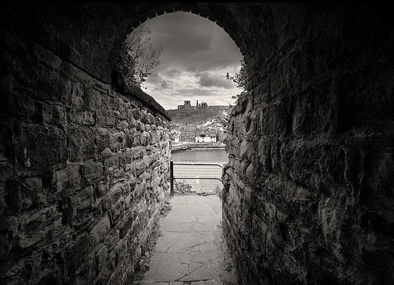 Keyhole Alley