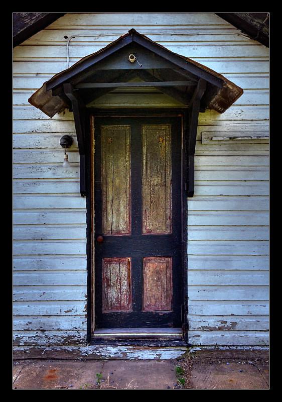 Black Door - Building Elements