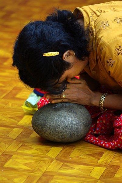 Woman praying at the Shwedagon, Rangoon - Burma
