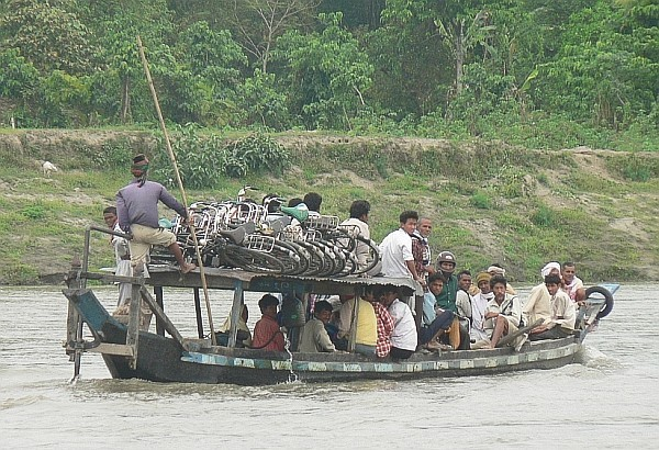 Local ferry - India (Assam, Brahmaputra cruise, Agra and Jaipur)